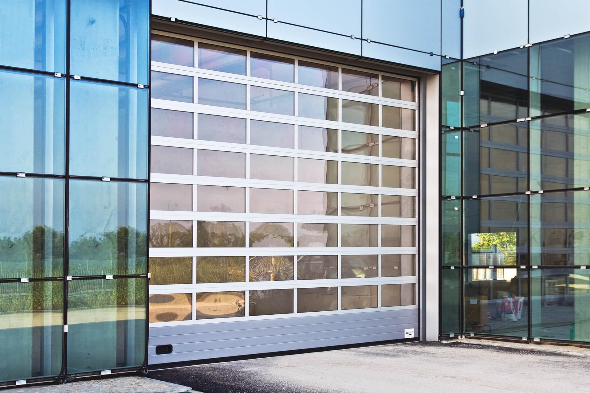 portone sezionale alcor vetrato